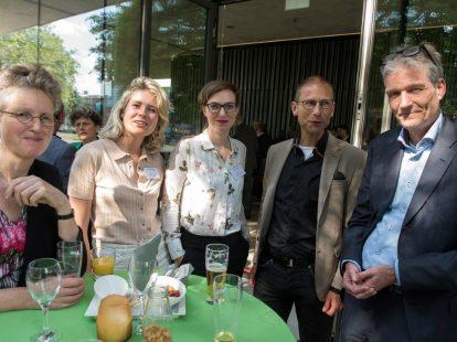 Ashley Terlouw (RUN), Inez van Soolingen (Prakken d'Oliveira), Lianne Boer en Wouter Werner (beiden Vrije Universiteit) en Stijn Franken (FZKC Advocaten/bestuurslid NJV)