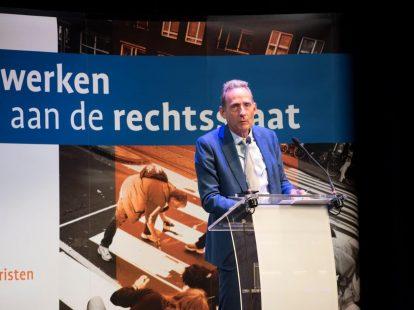Ralph Pans (voorzitter bestuur Stichting Recht en Overheid/Raad van State) opent het academisch jaar