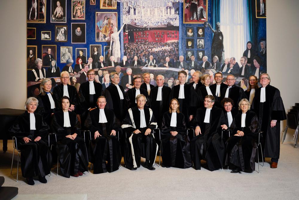Op de foto voor het Haags Verhaal