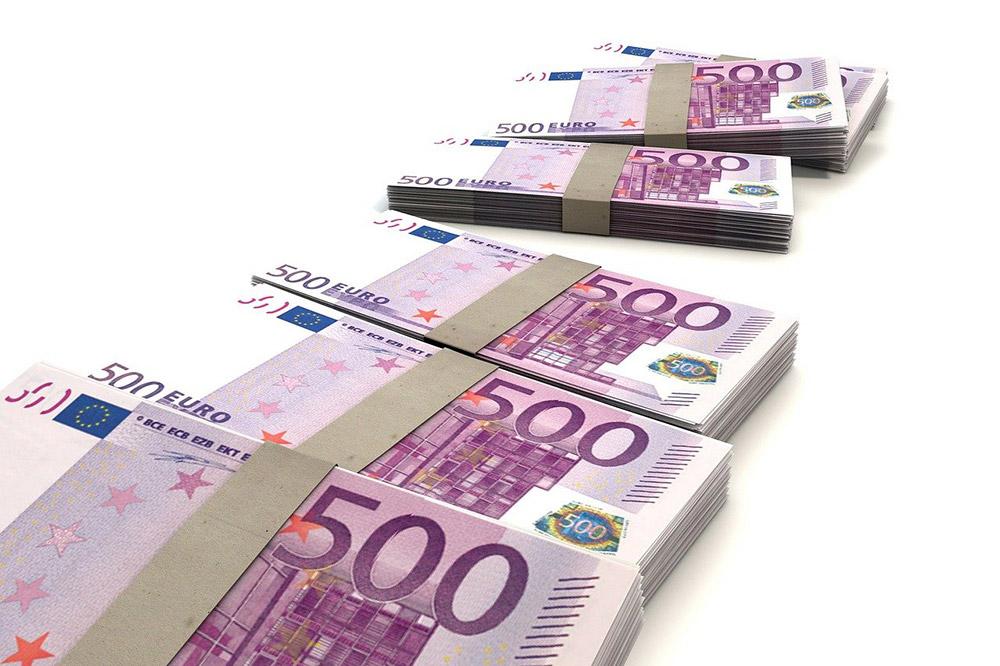 Hoogleraar fiscaal recht informeert Belastingdienst onjuist- boete 50k
