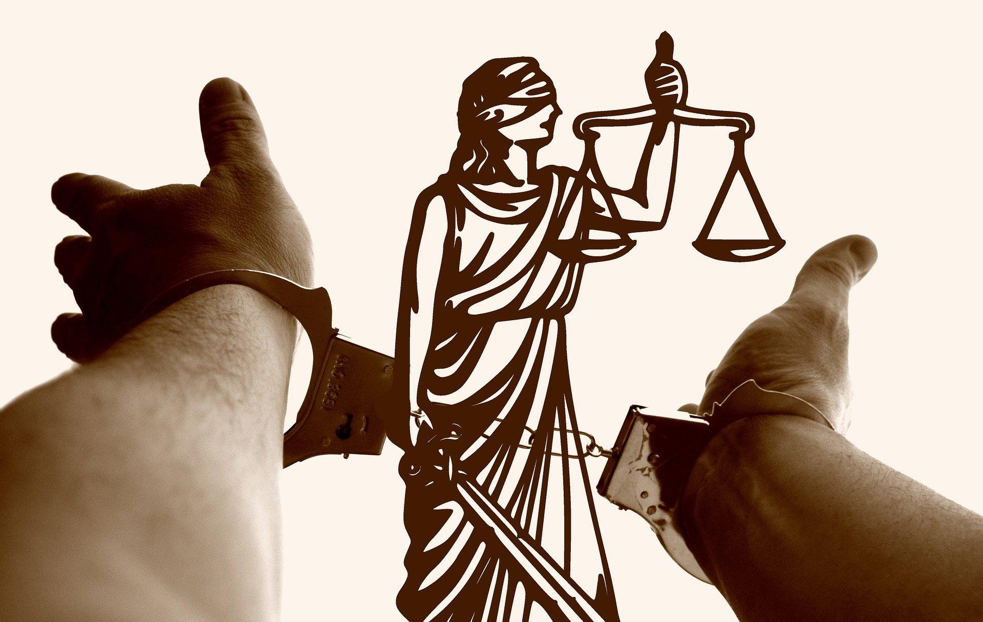 Verdachten voortaan verplicht aanwezig in rechtszaal: 'slechte zaak' - Mr. online