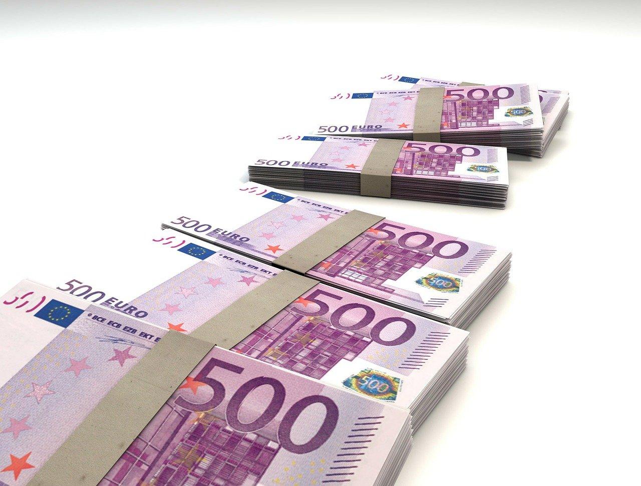 Tweede Kamer wil structureel extra geld voor sociale advocatuur - Mr. online