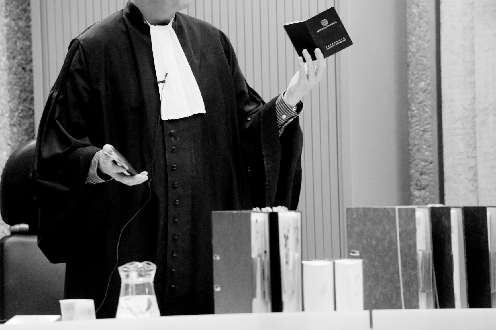 officier-rechtbank_5794zw-6738b69a
