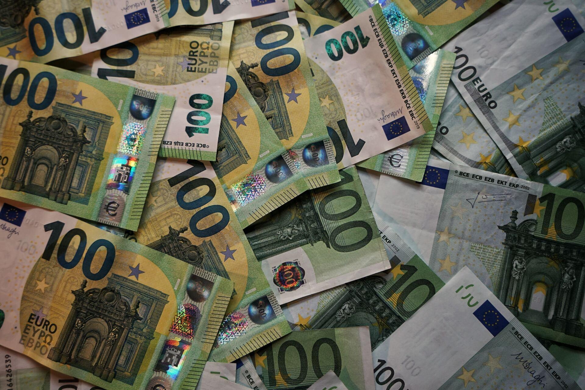 Tweede Kamer wil extra investeringen in stelsel gefinancierde rechtsbijstand - Mr. online