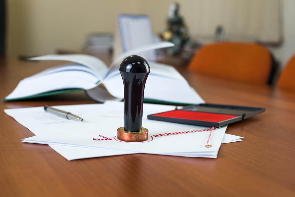 'Grondig onderzoek is nodig naar staat van het notariaat en marktwerking' - Mr. online