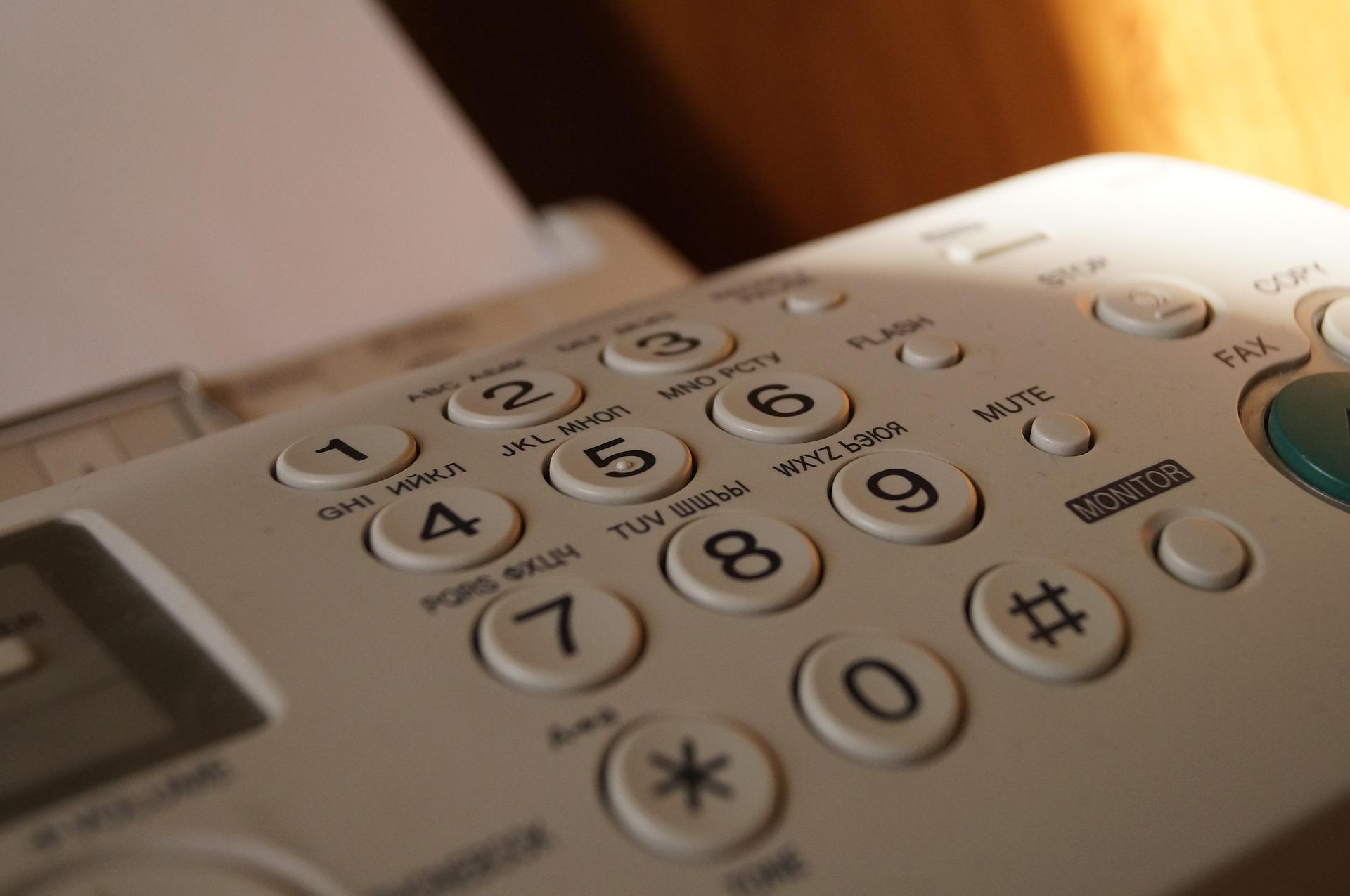 Juristen reageren vooral cynisch op einde gebruik fax door rechtspraak - Mr. online