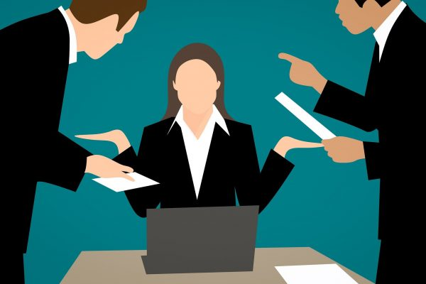Advocaat uit maatschap gegooid, schadevergoeding is minimaal - Mr. online