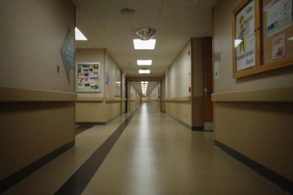 201113_hospital-661274_1920