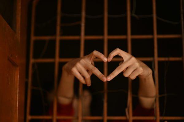 Gezondheid gevangene wordt tijdens detentie niet beter en niet slechter - Mr. online