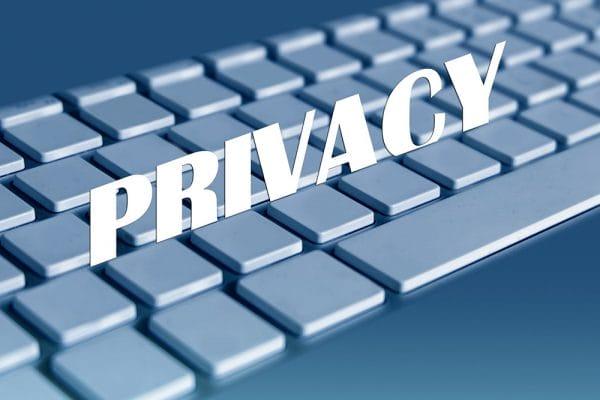 Massaschadeclaim bij privacyschendingen. Inzet: 10 miljard