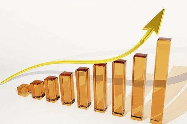 Vraag naar advocaten daalt, de tarieven stijgen