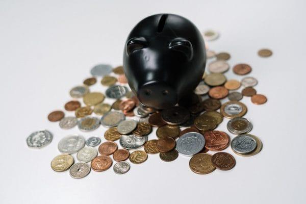 Is de belastingheffing op inkomen uit sparen en beleggen discriminerend - Mr. Online