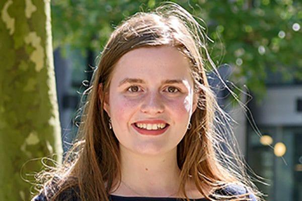 Laura van Bavel