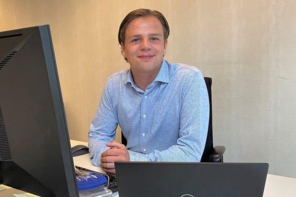 Student-stagiair van de week Jeroen Posthumus Baker McKenzie - Mr. Online