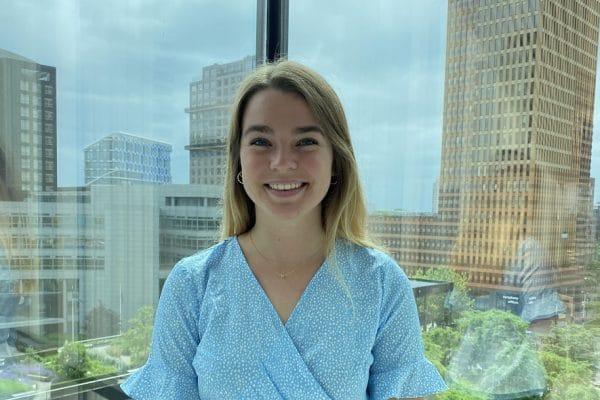 Laura Einarson (Dentons) zag haar onderzoek terug in een pleitnota tijdens een zitting - Mr. online