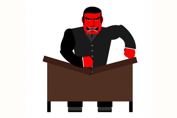 Rechtbank wil scheldende fiscalist drie jaar weren